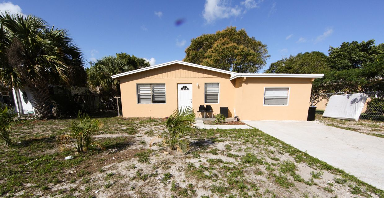 Home for sale in BELLEHAVEN UNIT A IN Delray Beach Florida