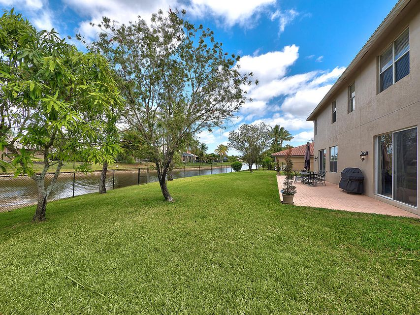124 Cypress Crescent  Royal Palm Beach, FL 33411 photo 26