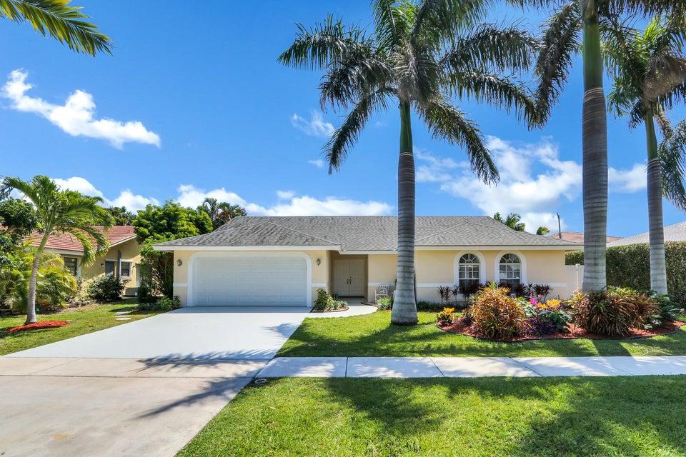 330 N Country Club Boulevard  Boca Raton FL 33487