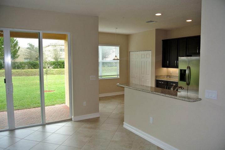 7541 Spatterdock Drive Boynton Beach, FL 33437 - photo 3