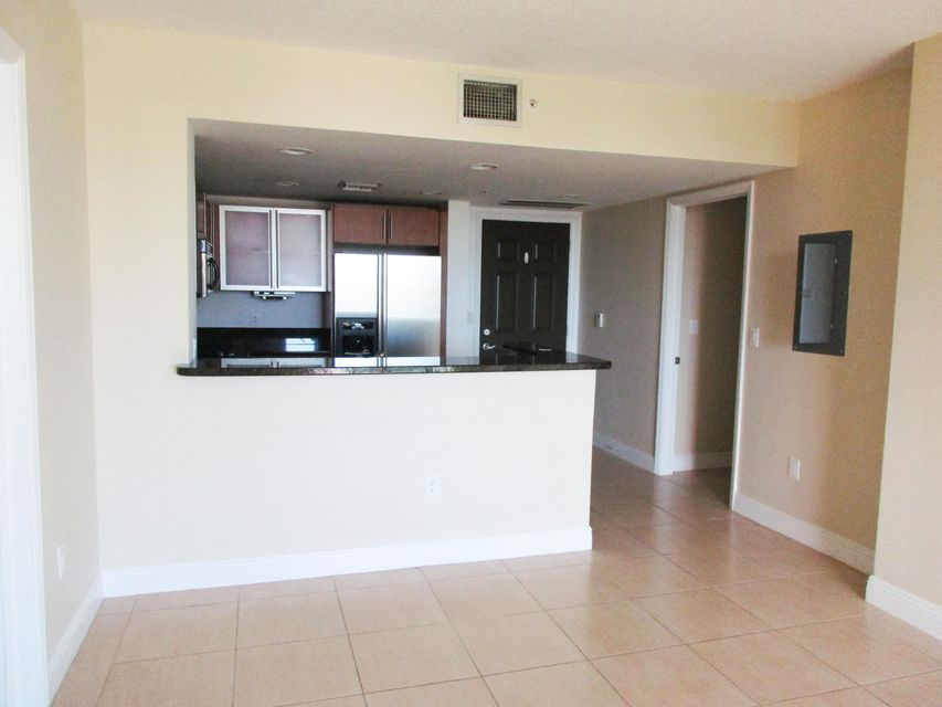 610 Clematis Street 430 West Palm Beach, FL 33401 small photo 5