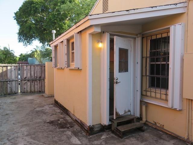 524 Upland Road West Palm Beach, FL 33401 photo 23