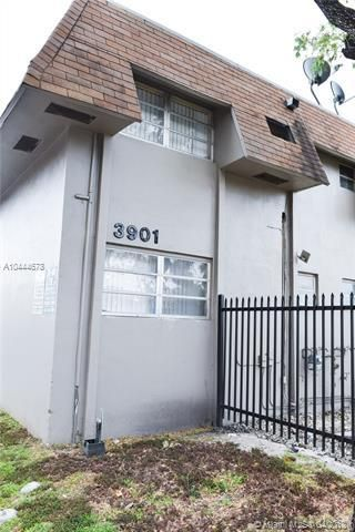 958 Sw Dalton Avenue