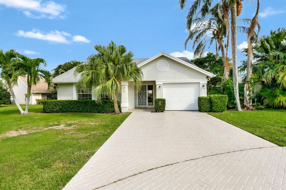 277 Moccasin Trail  Jupiter FL 33458