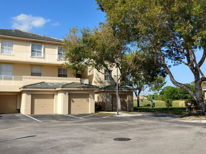 2040 Greenview Shores Boulevard 207 Wellington, FL 33414 photo 17