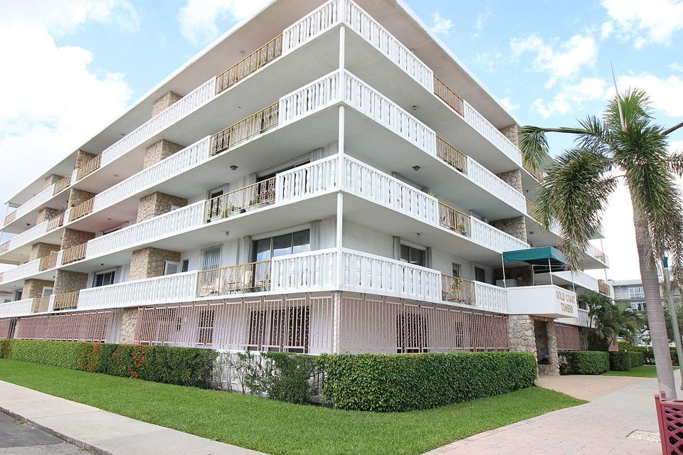 Home for sale in Gold Coast Towers Lake Worth Florida