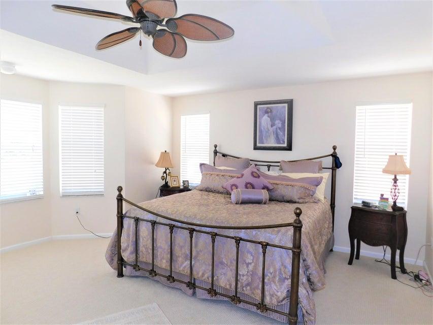 2772 Misty Oaks Circle Royal Palm Beach, FL 33411 photo 14