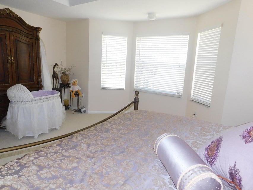 2772 Misty Oaks Circle Royal Palm Beach, FL 33411 photo 15