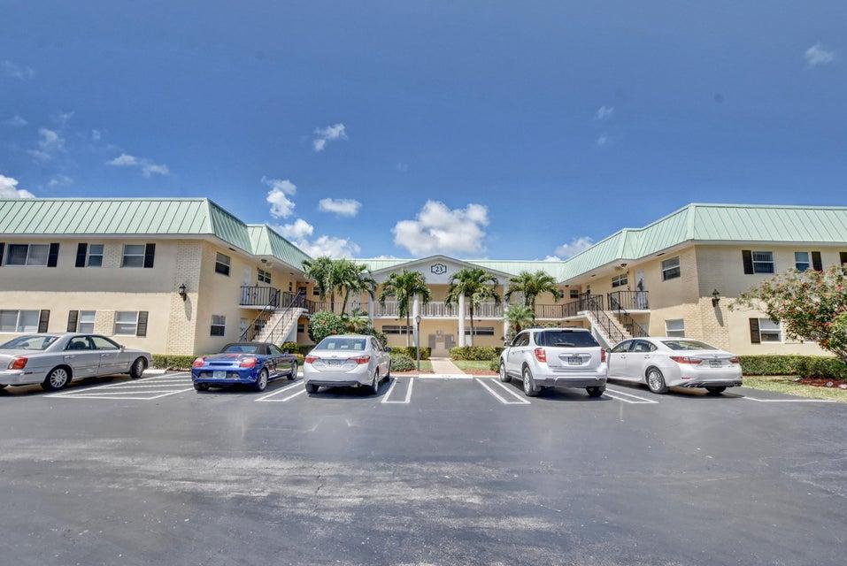 23 Colonial Club Drive 200  Boynton Beach FL 33435