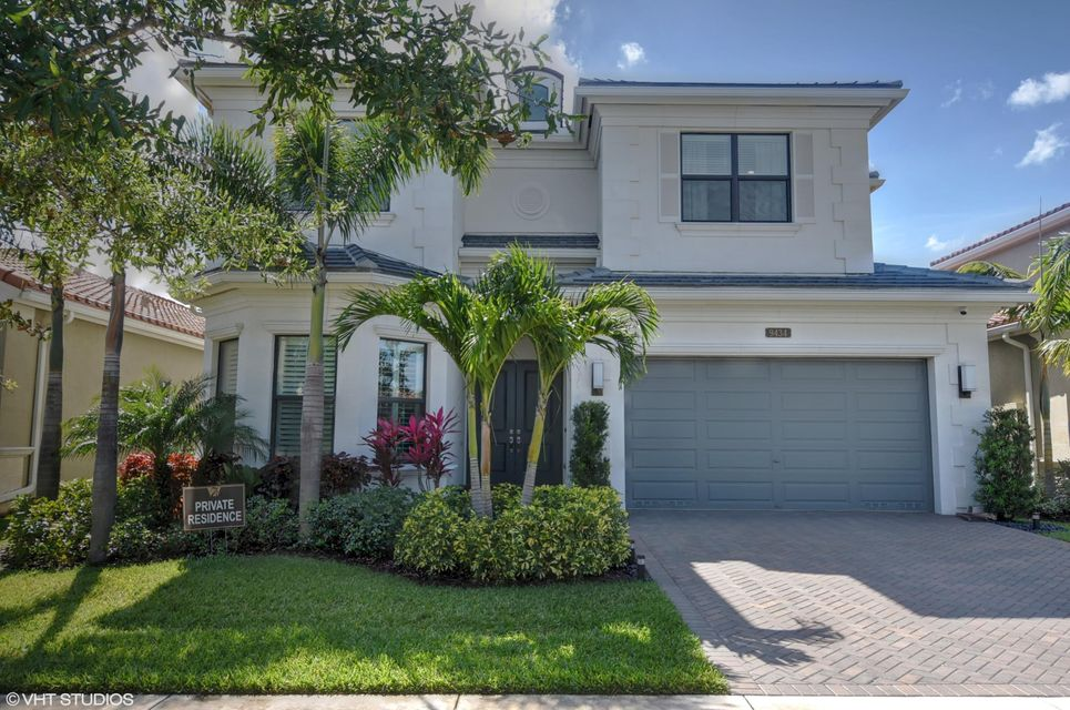 9434 Eden Roc Court  Delray Beach, FL 33446