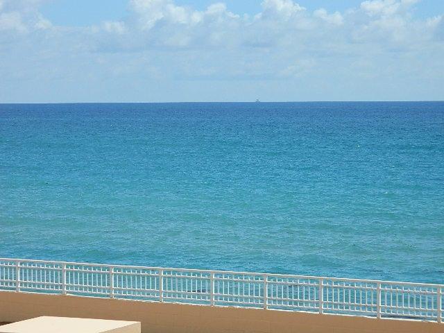 4505 S Ocean Boulevard 106  Highland Beach FL 33487
