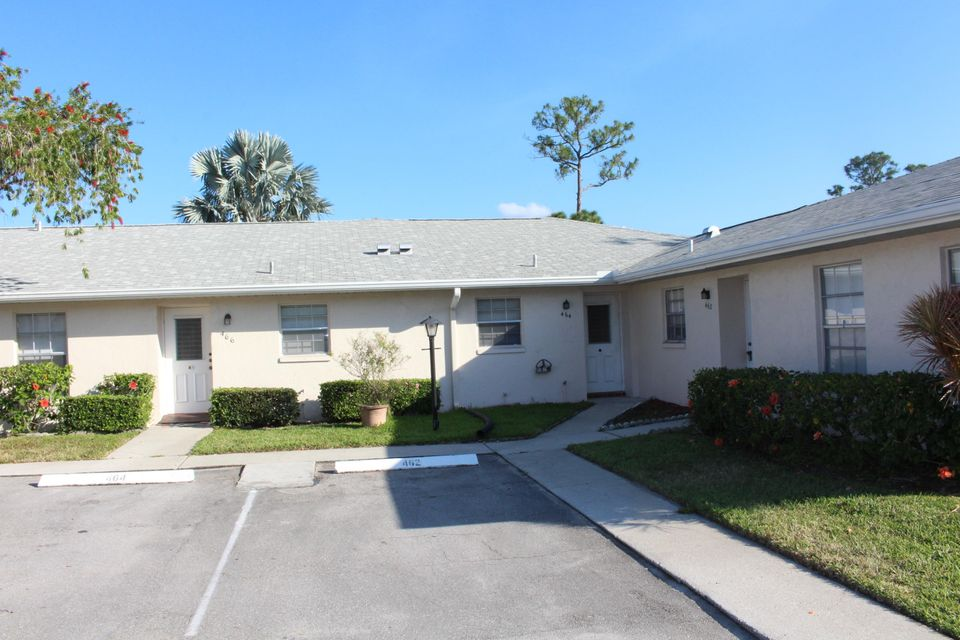 464 Holyoke Lane  Lake Worth, FL 33467