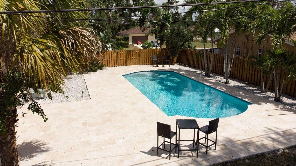 7 W Arch Drive  Lake Worth FL 33467