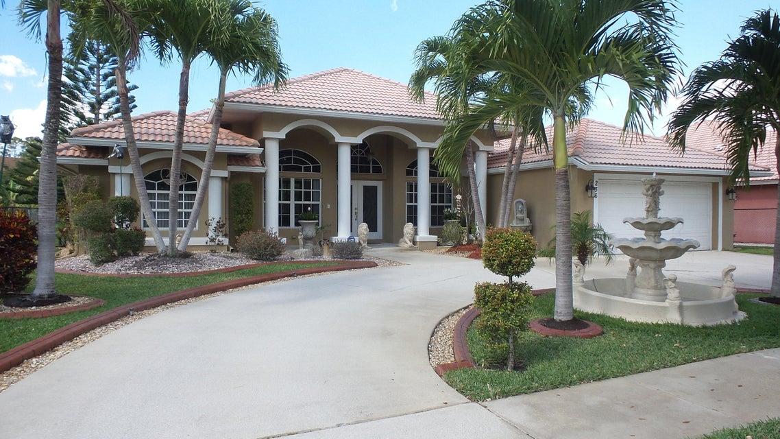 236 Cypress Trace  Royal Palm Beach, FL 33411