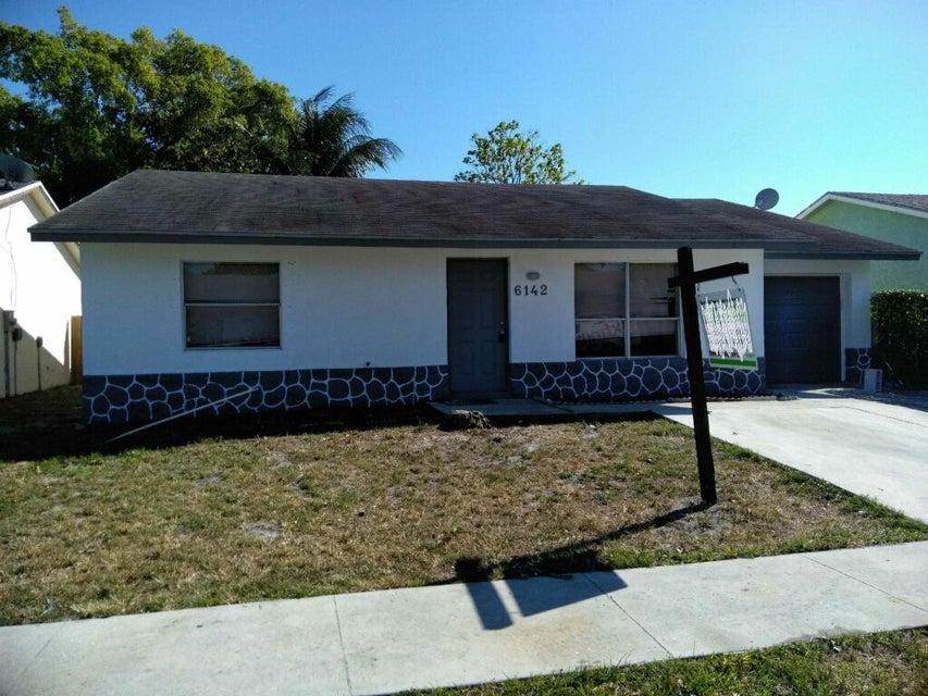 6142 Westfall Road  Lake Worth, FL 33463