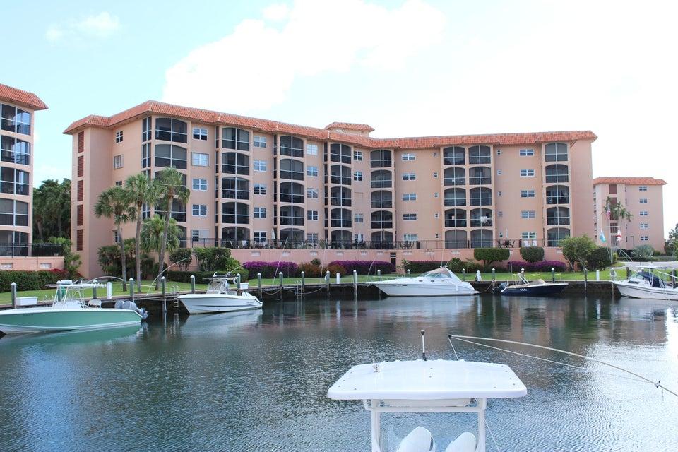2871 N Ocean Boulevard F431  Boca Raton FL 33431