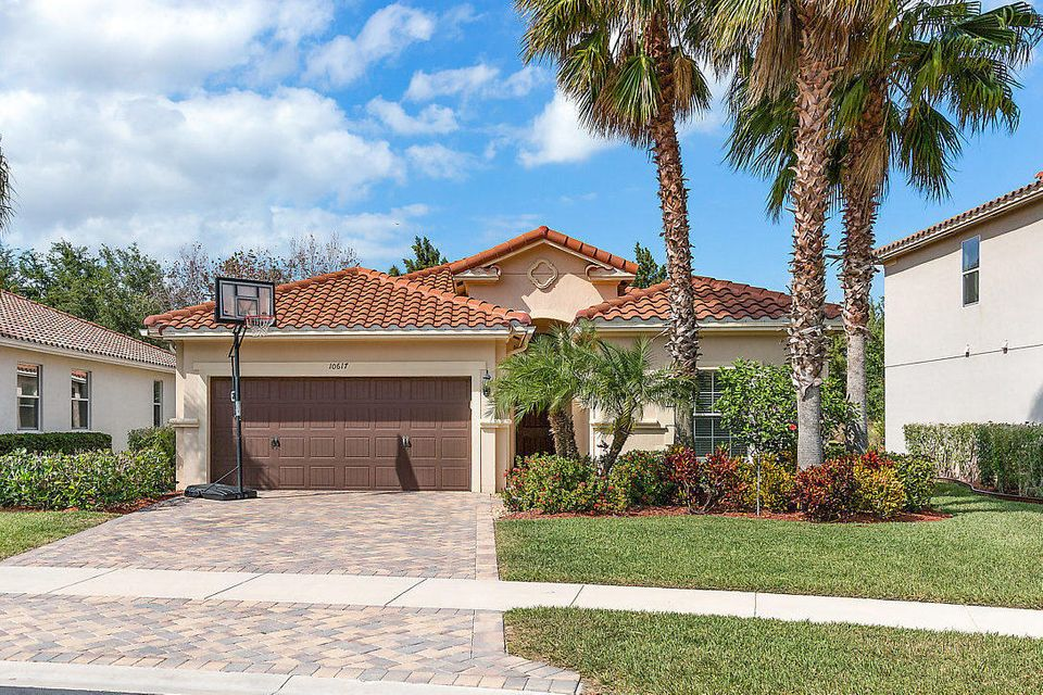 10617 Willow Oak Court  Wellington FL 33414