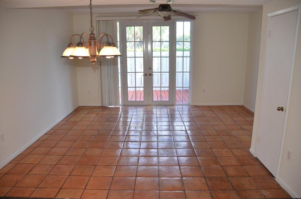 1076 E Jeffery Street 1076 Boca Raton, FL 33487 photo 4
