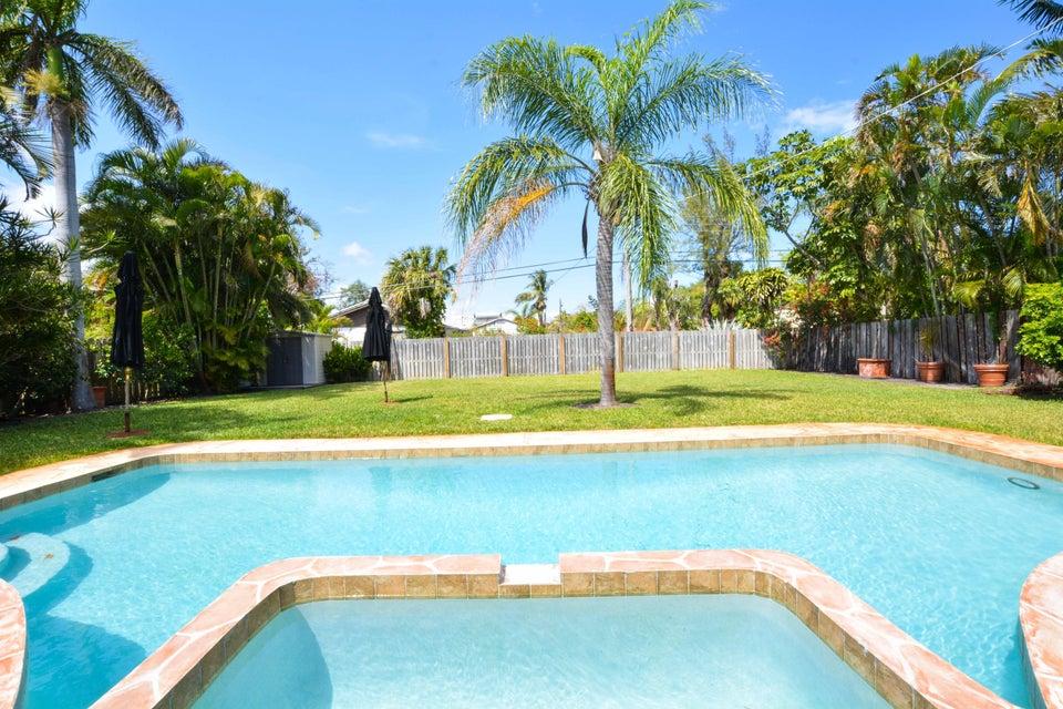 235 NW 6th Street  Boca Raton FL 33432