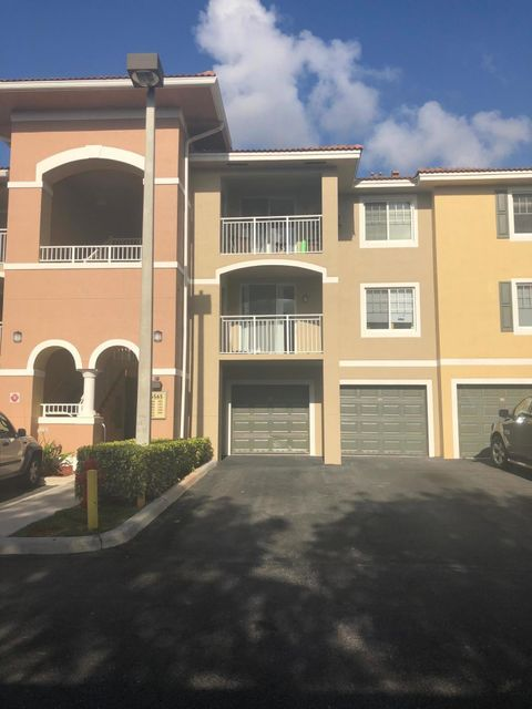 6565 Emerald Dunes Drive 105  West Palm Beach, FL 33411
