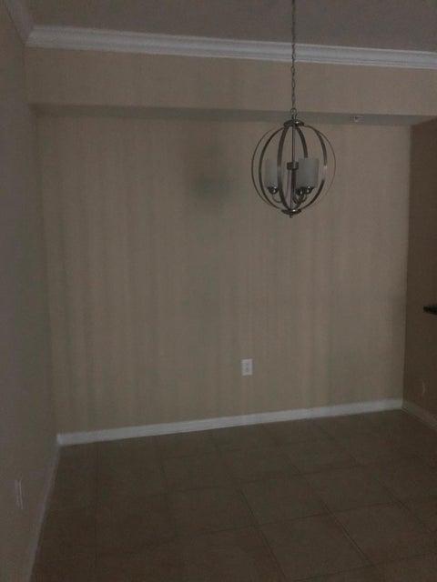 6565 Emerald Dunes Drive 105 West Palm Beach, FL 33411 photo 10
