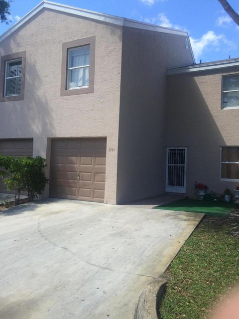 5141 Pine Abbey Drive  West Palm Beach, FL 33411