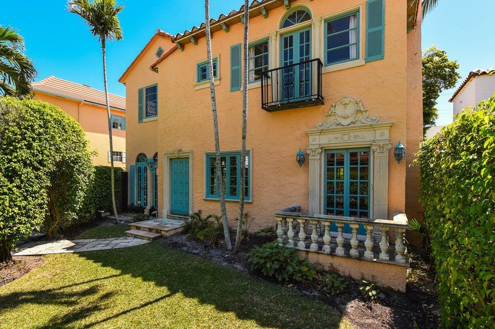 218 Everglade Avenue  Palm Beach FL 33480