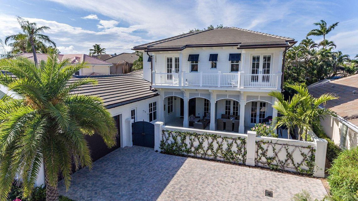 16773 Port Royal Circle , Jupiter FL 33458 is listed for sale as MLS Listing RX-10421433 38 photos
