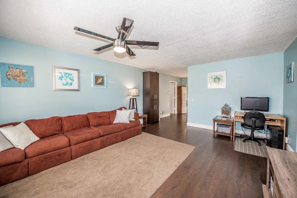 5632 Jarrand Way Lake Worth, FL 33463 photo 2