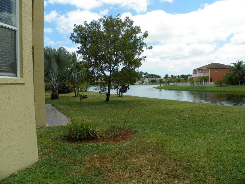 9860 Woolworth Court Wellington, FL 33414 photo 12