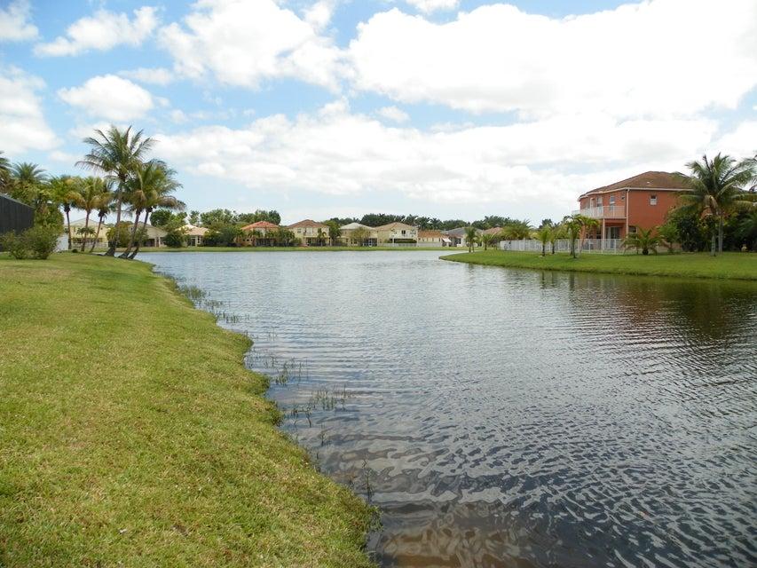 9860 Woolworth Court Wellington, FL 33414 photo 15