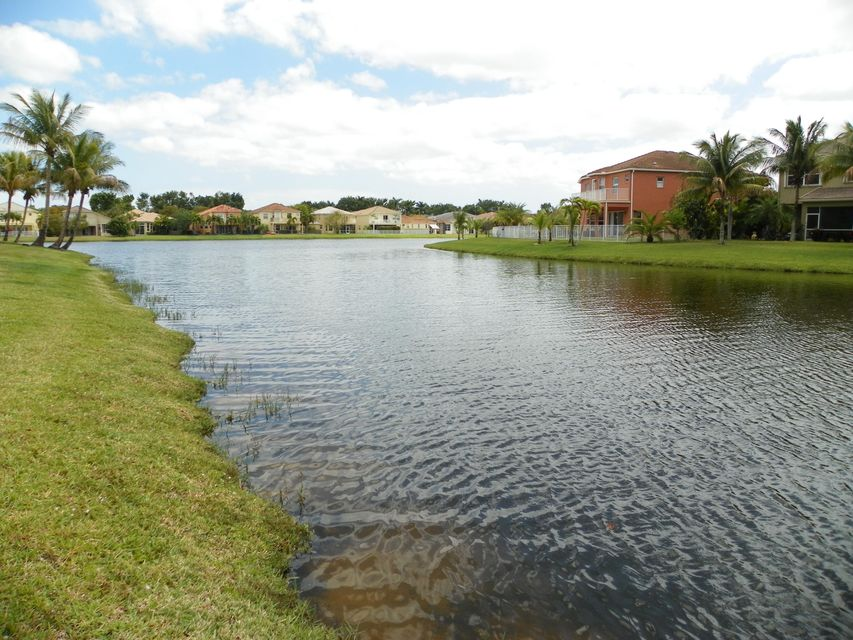 9860 Woolworth Court Wellington, FL 33414 photo 16