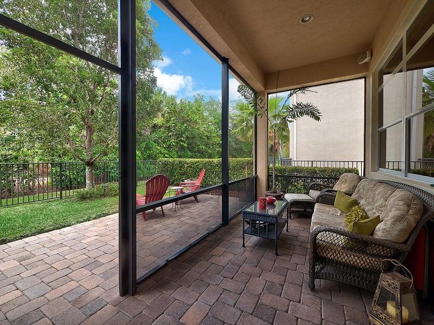 12321 Aviles Circle Palm Beach Gardens, FL 33418 photo 2