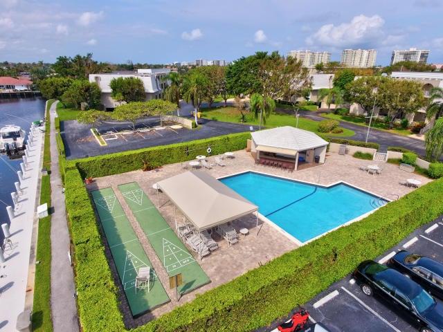 775 Jeffery Street 5-301  Boca Raton FL 33487