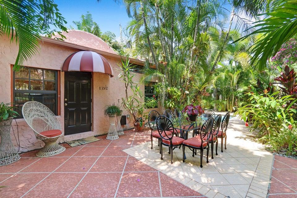 835 Biscayne Drive West Palm Beach, FL 33401 photo 25