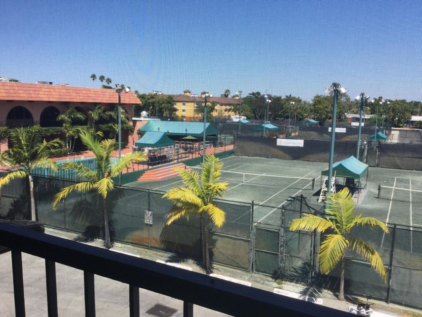 Home for sale in TENNIS CLUB JOHNSTON CONDO Fort Lauderdale Florida