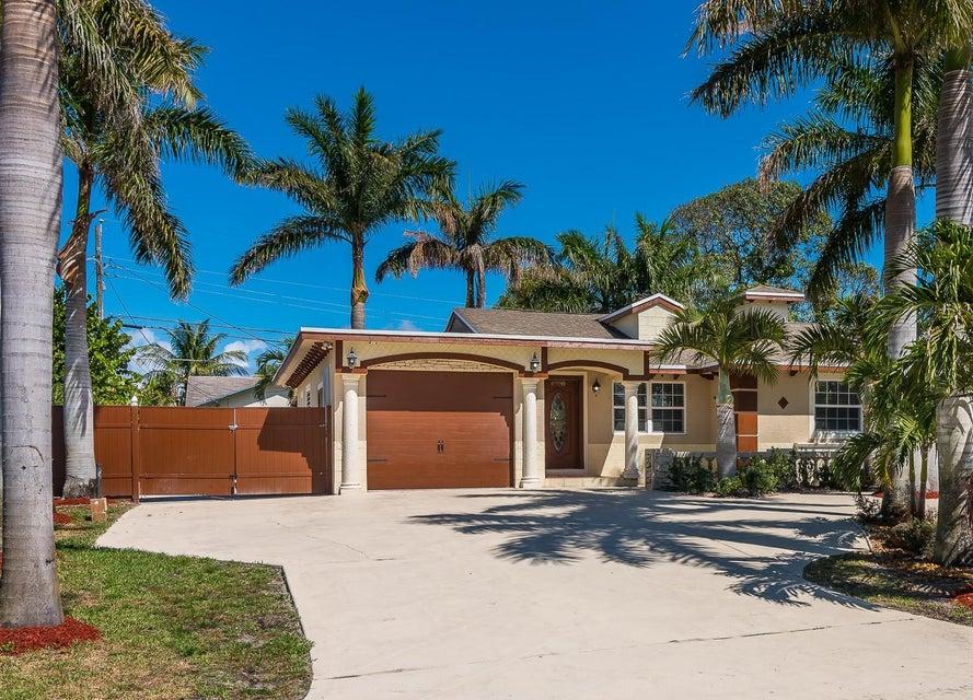 6880 Osborne Drive  Lake Worth FL 33462