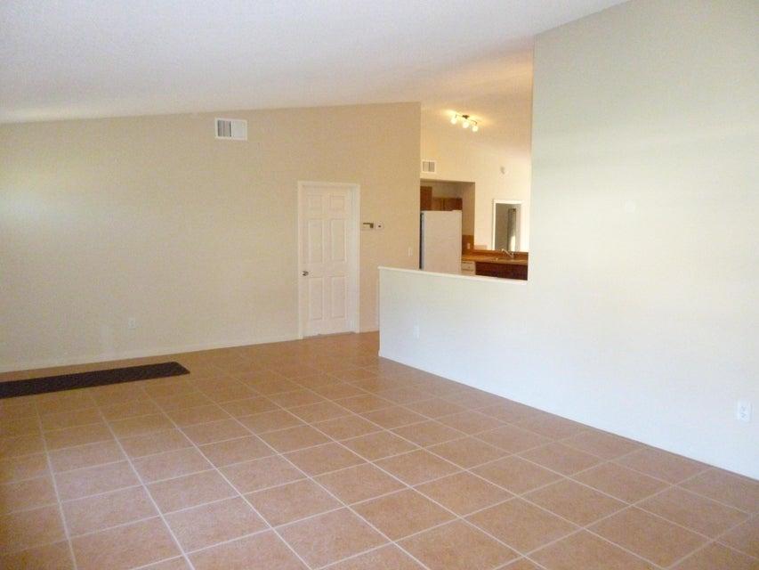 7878 Blairwood Circle Lake Worth, FL 33467 photo 4
