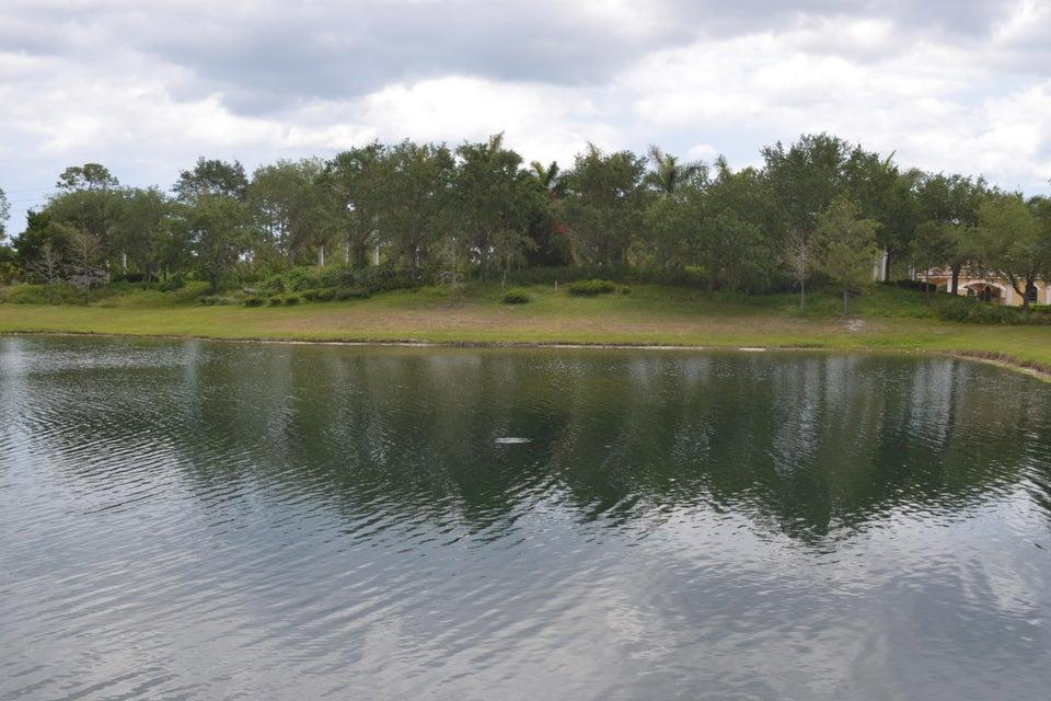102 SE Via Lago Garda - Port St Lucie, Florida