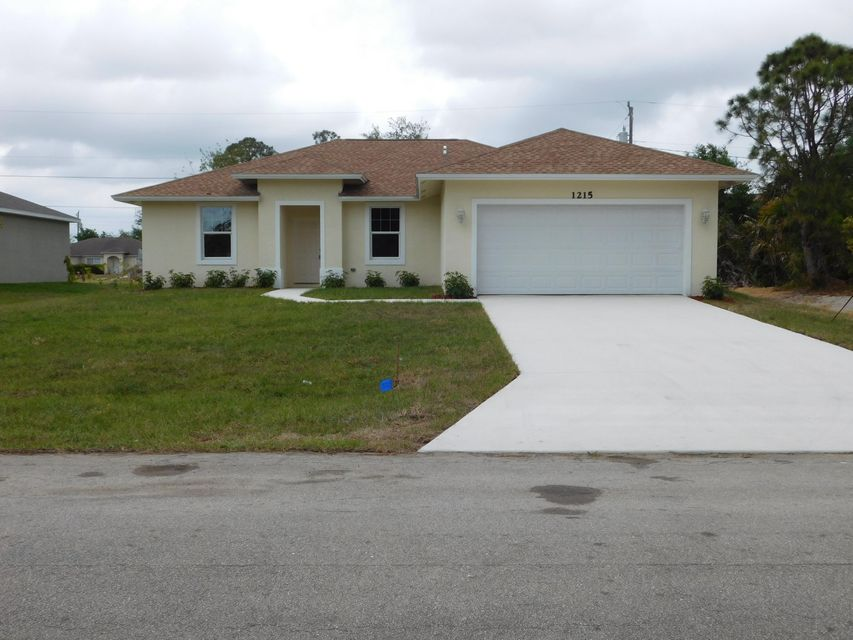 Photo of 1215 SW Ermine Avenue, Port Saint Lucie, FL 34953
