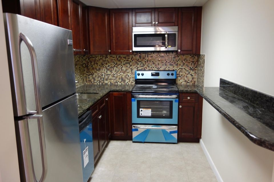 Home for sale in HOLLYWOOD BEACH HEIGHTS SEC A AMEND PLAT Hollywood Florida