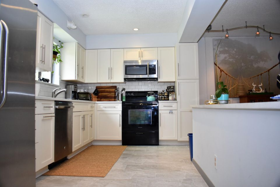 Home for sale in SOUTHRIDGE Delray Beach Florida