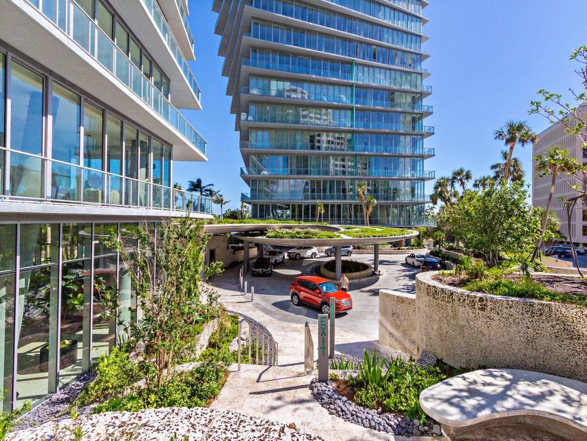 2675 S Bayshore Drive 1102s, Miami FL 33133 is listed for sale as MLS Listing RX-10421958 photo #4