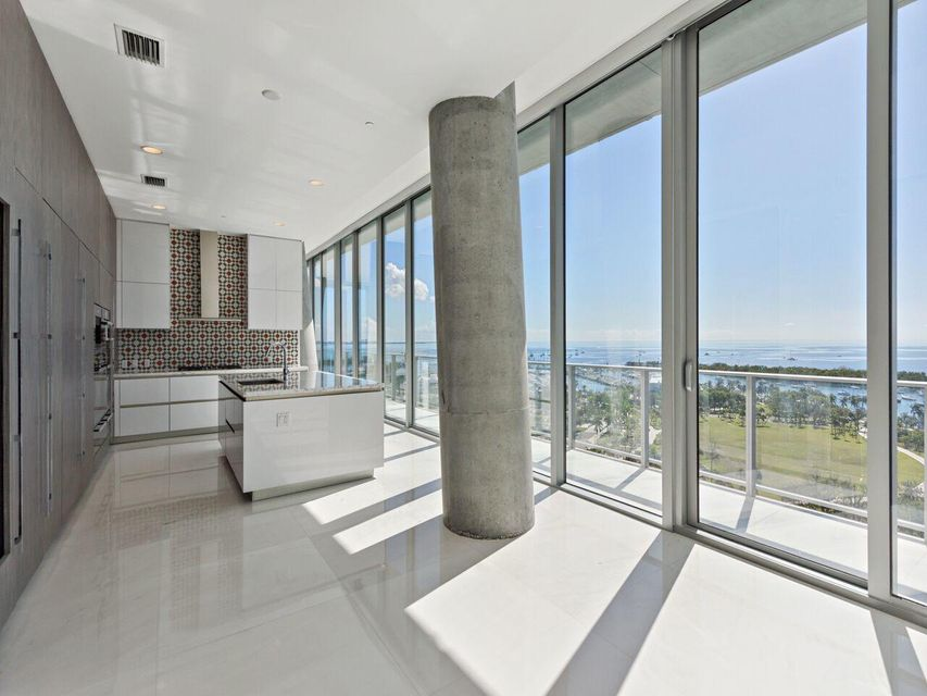 2675 S Bayshore Drive 1102s, Miami FL 33133 is listed for sale as MLS Listing RX-10421958 photo #20