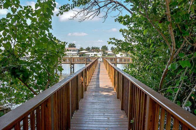 Photo of  Highland Beach, FL 33487 MLS RX-10421890