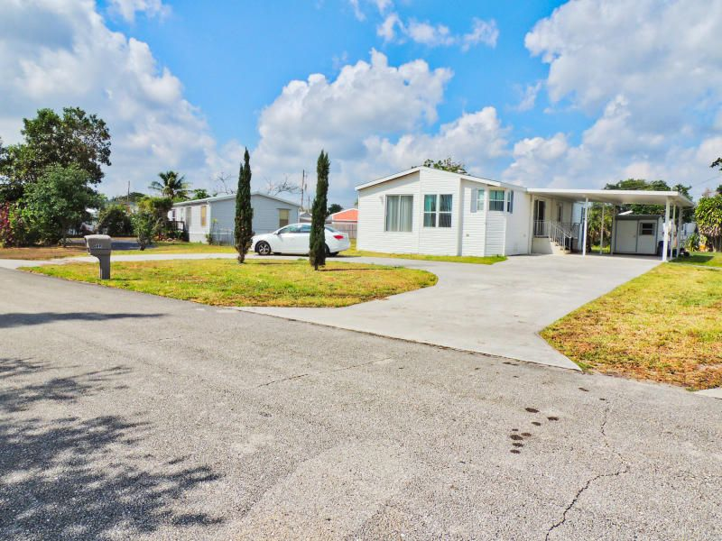 Home for sale in SLEEPY HOLLOW PLAT 1 IN West Palm Beach Florida