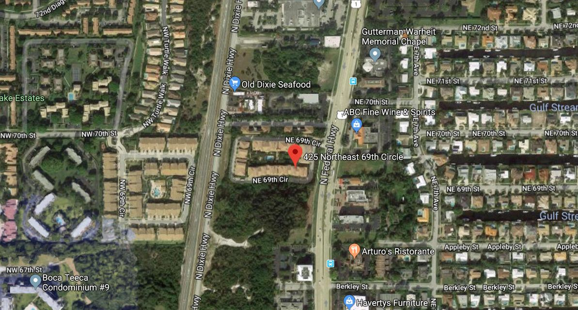 425 NE 69th Circle  Boca Raton FL 33487