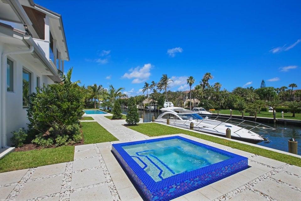 16  Sabal Island Drive , Ocean Ridge FL 33435 is listed for sale as MLS Listing RX-10421973 photo #9