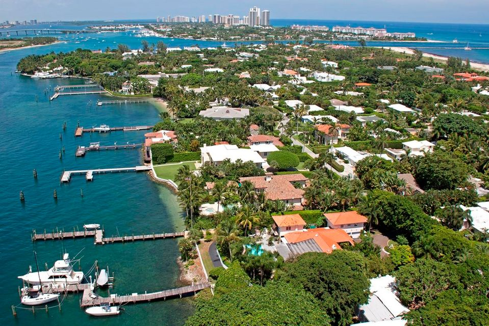 1404 N Lake Way , Palm Beach FL 33480 is listed for sale as MLS Listing RX-10421977 photo #8