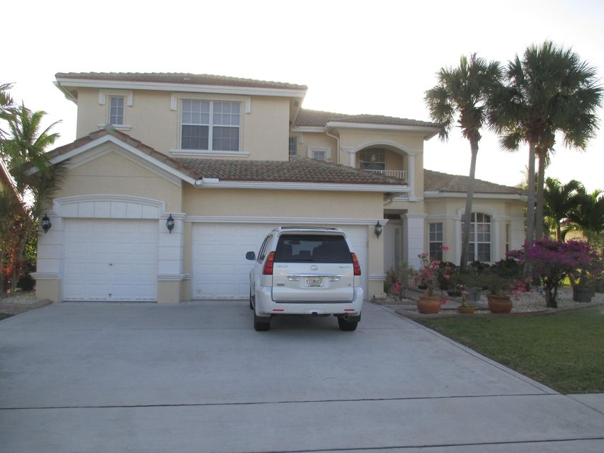 Home for sale in WHITEHORSE ESTATES 2 Lake Worth Florida